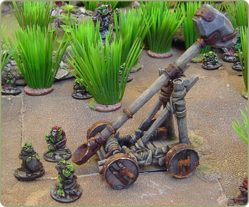 Goblin Catapult and crew