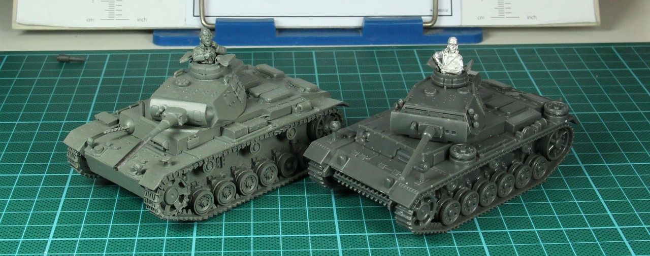 Size comparison with a Warlord Games resin tank