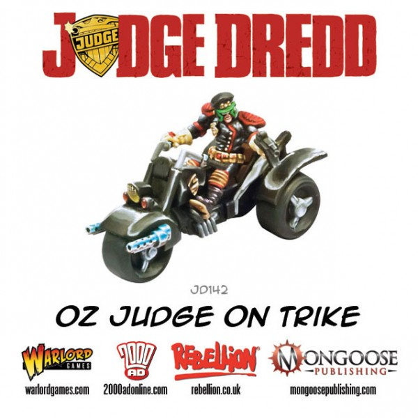 JD142-Oz-Judge-on-Trike-600x600