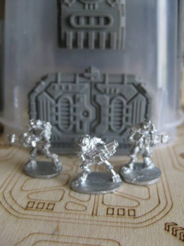 15mm scale figures