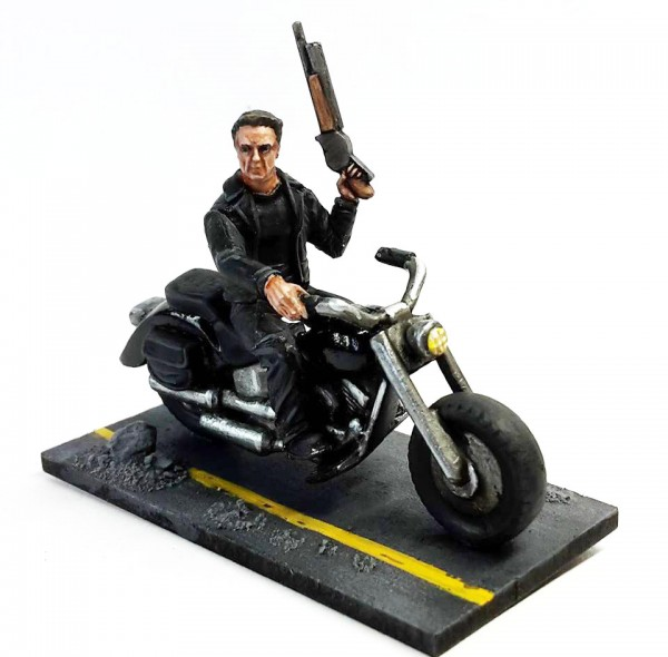 Terminator-Guardian-on-Bike1-600x590
