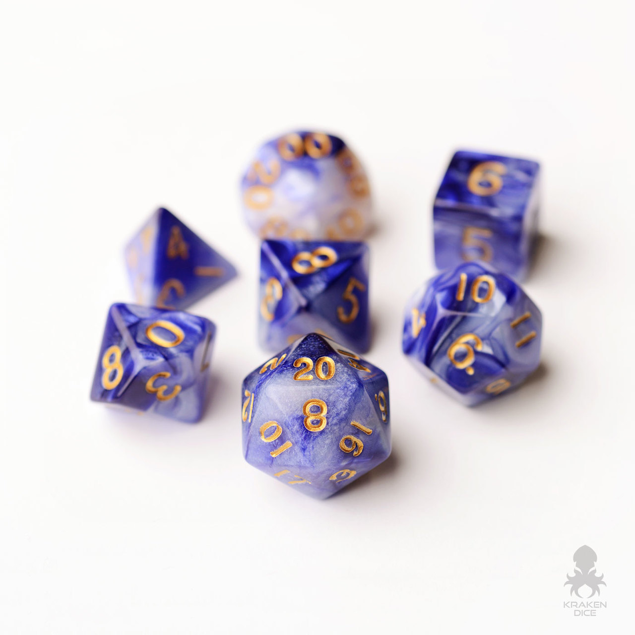KD0013a-Dungeons-and-Dragons-Polyhedral-Dice-Set-Blue-Violet__70418.1503528684